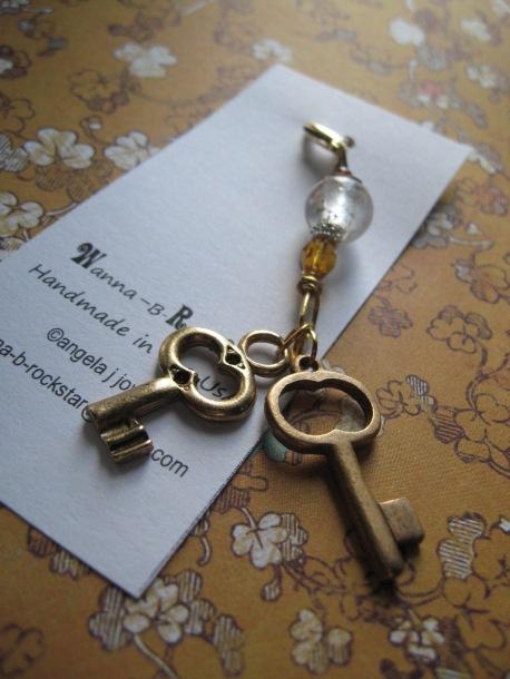 Keys to My Heart -- Zipper Pull